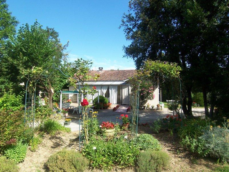 Vente maison d 39 habitation en sortie de village for Vente habitation